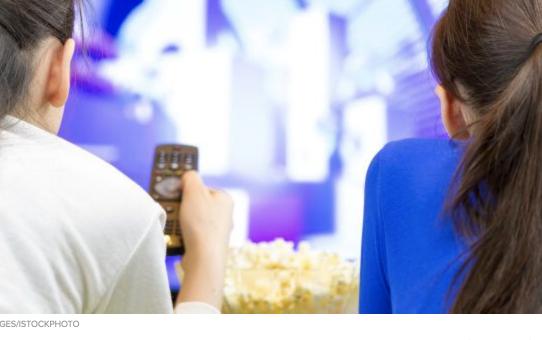 Les jeunes ne semblent pas découragés par l'abondance de séries disponibles sur Internet
